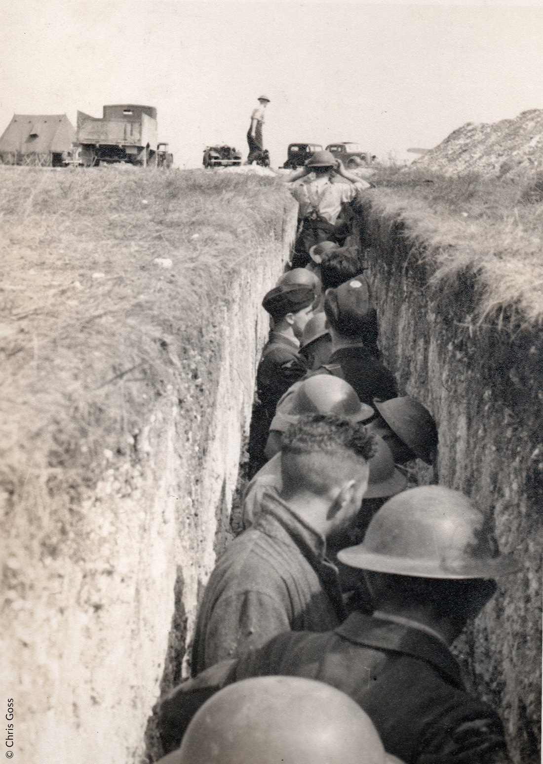 Groundcrew taking cover, RAF Middle wallop, August 1940